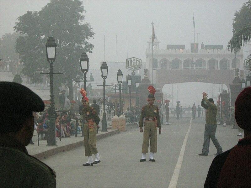 File:Indo Pak Wagha Border 5056.jpg