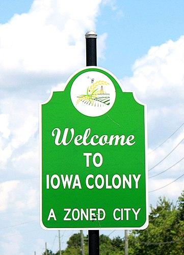 Iowa Colony chiropractor