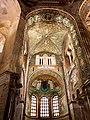 Italie, Ravenne, basilique San Vitale, le presbyterium et l'abside, mosaïques du VIe siècle (48087065358).jpg