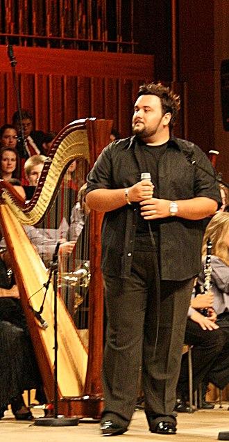 Jacques Houdek - Image: Jacques Houdek koncert Križ nek ti sačuva ime Vatroslav Lisinski 7 rujna 2008