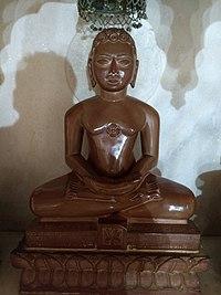 Jain statues in Anwa, Rajasthan 20.jpg