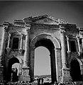 Jerash Entrance.jpg