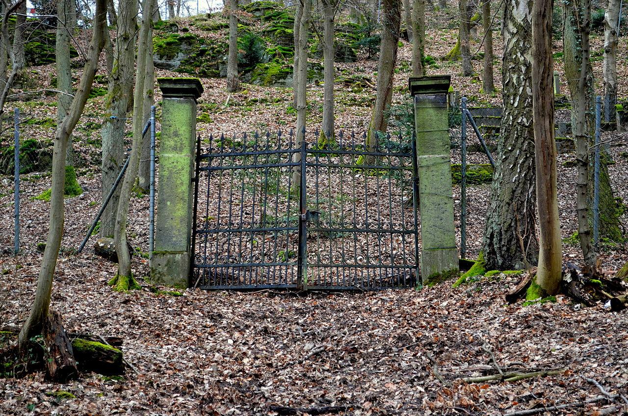 Joodse Begraafplaats Boppard-Buchenau.jpg