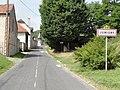 Jumigny (Aisne) city limit sign.JPG