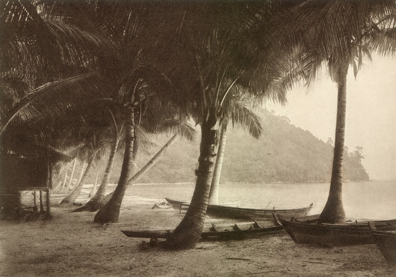 Berkas:KITLV 80053 - Kleingrothe, C.J. - Coast near Muka Head on Penang island, Malay peninsula - 1910.tif