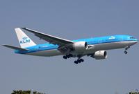 PH-BQE - B772 - KLM
