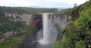 Kaieteur National Park - Image: Kaieteur Falls Guyana (2) 2007