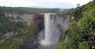 Kaieteur Falls - Image: Kaieteur Falls Guyana (2) 2007