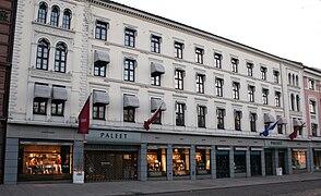 Karl Johans gate 41 43.jpg