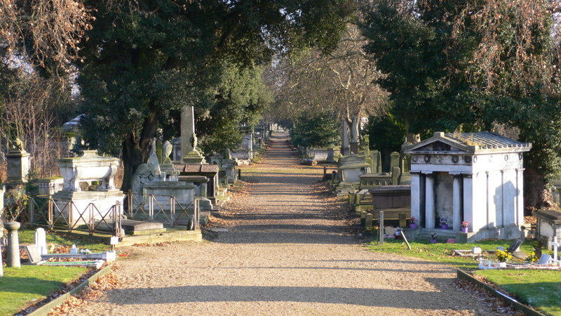 File:Kensal Green Cemetery view December 2005.jpg