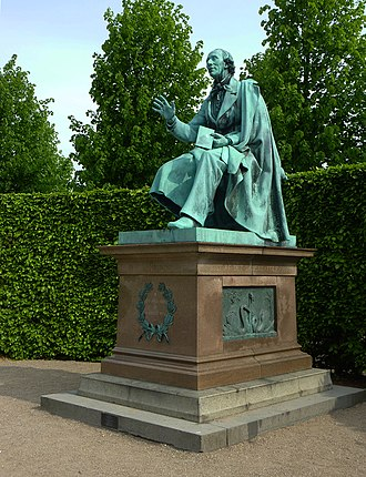 Statue of Hans Christian Andersen, Rosenborg Castle Gardens - Image: Kongens Have H. C. Andersen