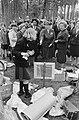 Koningin Juliana bracht bezoek aan Nederlandse Padvinderstersgilde te Ommen, Har, Bestanddeelnr 919-2078.jpg