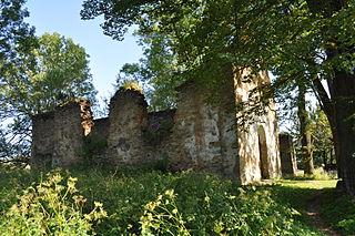ruiny cerkwii w nieistniejącej wsi Krywe