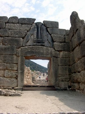 Sesklo and Dimini fortifications - The Lion Gate at Mycenae, which serves a similar function as the baffle gates at Sesklo and Dimini.