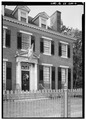 LOOKING NORTHWEST AT PART OF FACADE OF 1800. - 1800 Block Monument Avenue, Richmond, Independent City, VA HABS VA,44-RICH,117-6.tif