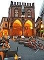 La Piazza della Mercanzia.jpg