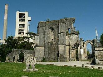La Couronne, Charente - Ruins of the abbey