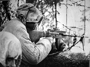 Finnish Defence Forces - Finnish soldier equipped with Lahti-Saloranta M-26 during the Winter war.