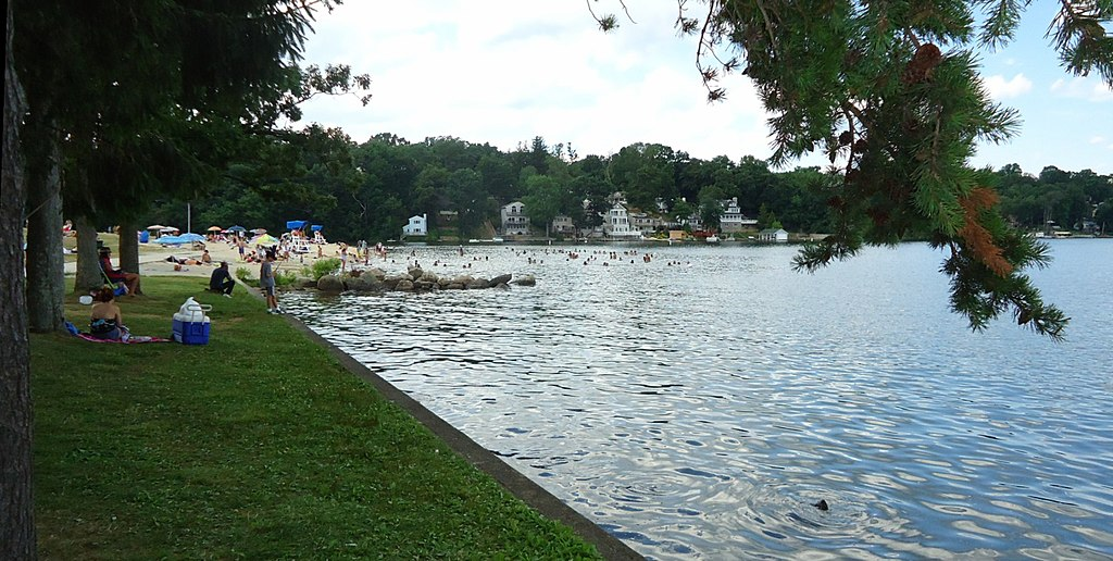 File lake hopatcong state park nj fishing for Lake hopatcong fishing