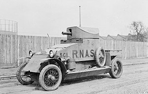 300px-Lanchester_armoured_car,_Q_14631.j