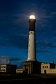 Le phare de Sein sous la lune.jpg