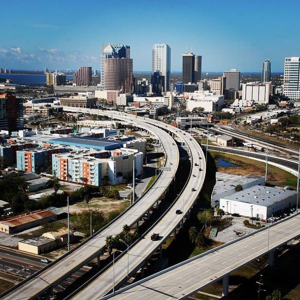 File:Lee Roy Selmon Crosstown Expressway Tampa.jpg