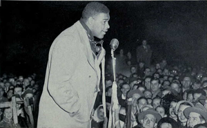 Len Ford - Ford speaks to fans in Michigan after victory in 1948 Rose Bowl