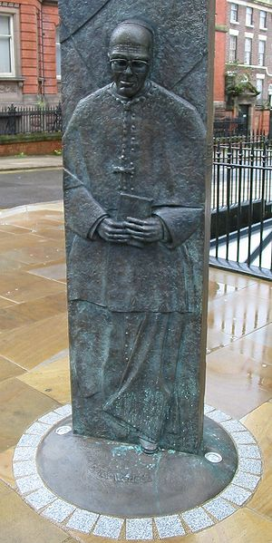 Sheppard-Worlock Statue - Image: Liverpool bishops sculpture Catholic