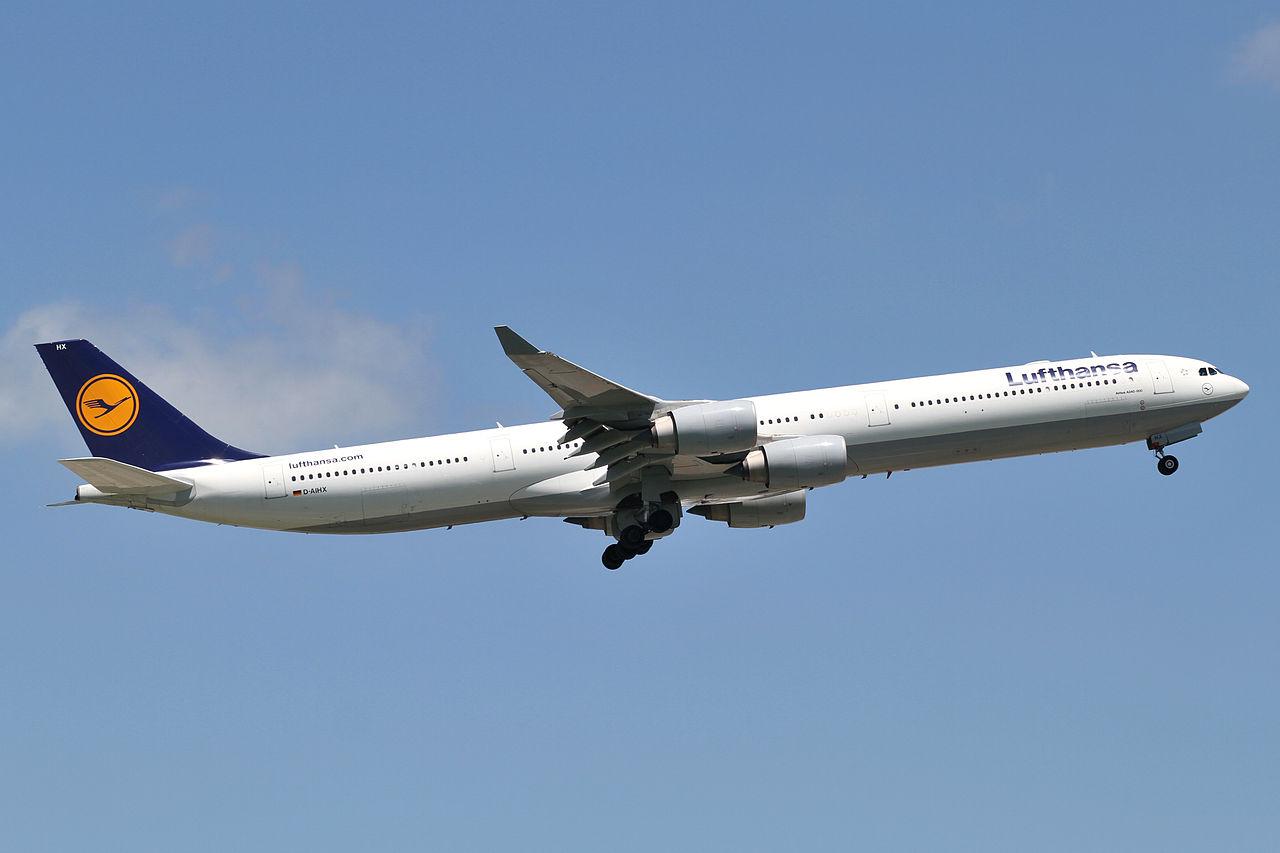 File:Lufthansa A340-600(D-AIHX) (4834064979).jpg - Wikimedia Commons