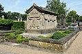 Luxemb Paul Eyschen tomb.jpg