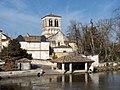 Magnac-sur-Touvre - Eglise et lavoir.JPG