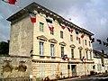 Magny-en-Vexin (95), hôtel de ville, ancien hôtel de Crosne ou Saussay, 20 rue de Crosne.jpg