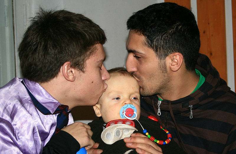 File:Male Couple With Child-01.jpg