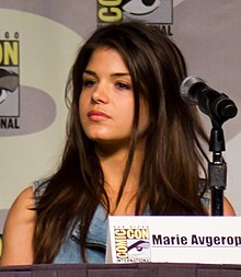 Marie Avgeropoulos (The Hundred panel) (cropped).jpg