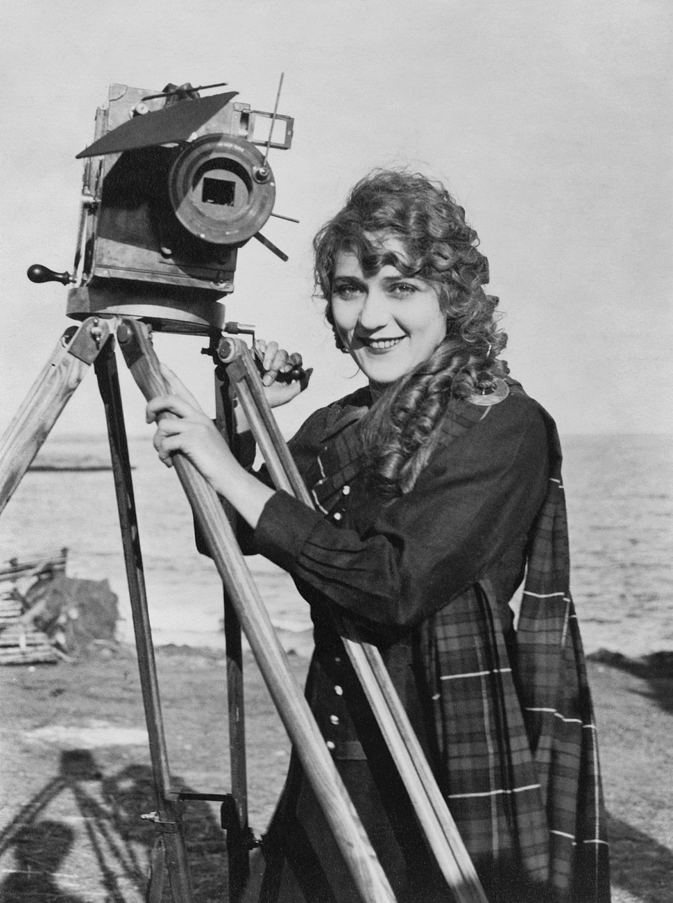 Mary Pickford with camera2
