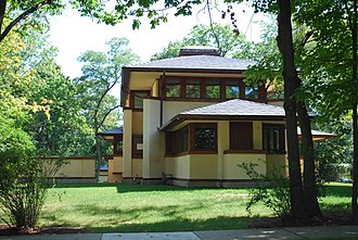 Mary W. Adams House - Image: Mary w adams house 1923Lake Ave side