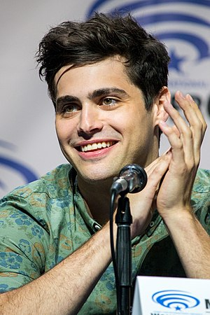 Matthew Daddario - Daddario at the 2016 Wondercon