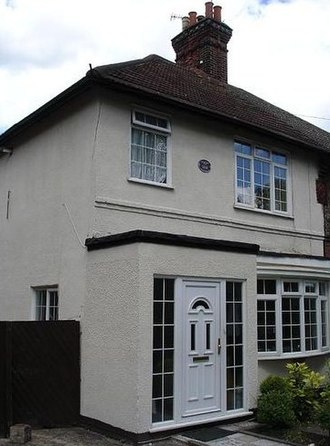 H. G. Wells - 141 Maybury Rd, Woking, where Wells lived from May 1895 until late 1896