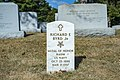 Medal of Honor Headstones in Section 7A (48903843771).jpg