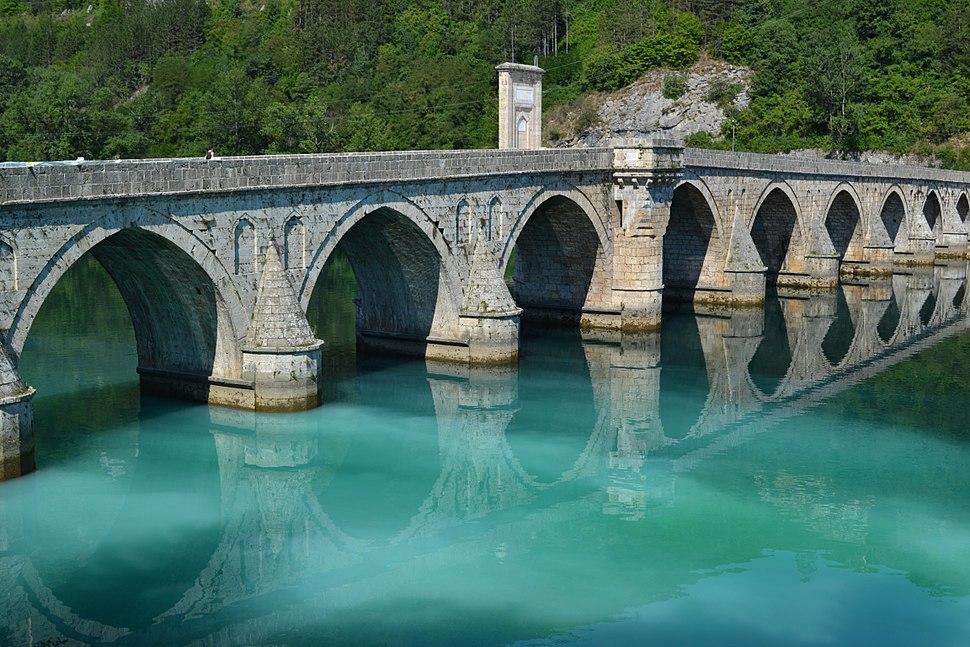 Mehmet pasa bridge and green Drina river