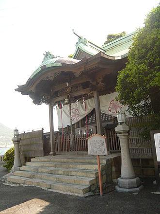 Mekari Shrine - The honden, or main shrine