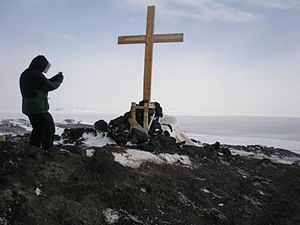 Religion in Antarctica - Memorial cross at Cape Evans