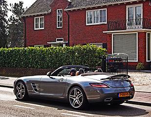 file:mercedes benz sls amg roadster (16632408544).jpg