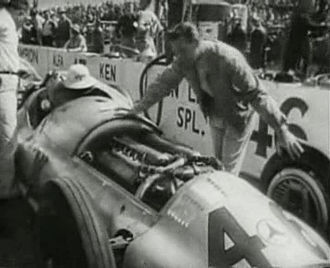 Mercedes-Benz W154 - Don Lee's W154 at Indianapolis in 1947.