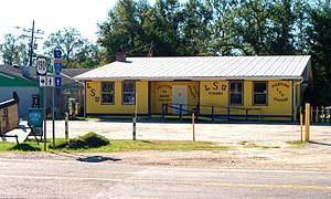Robert, Louisiana - Minnie's Roadhouse in central Robert manifested a pronounced preference in intercollegiate sports until the restaurant closed in 2011.