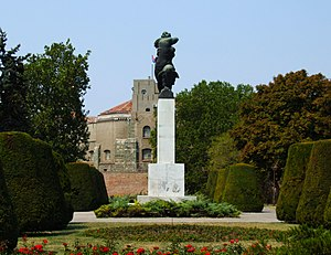 Kalemegdan Park - Image: Monument of Gratitude to France in Belgrade
