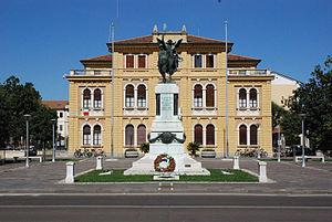 Mogliano Veneto - War Memorial and City Hall