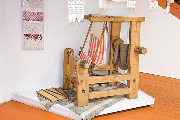 Ручной ткацкий станок русского