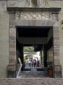 Museo Dolores Olmedo Entrance Main Building.jpg