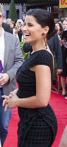 Nelly Furtado on Walk of Fame 2.jpg